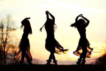 wild women dancing