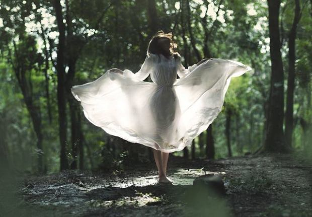 woman-in-forest-with-white-dress